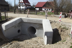 Budowa mostu w Długopolu